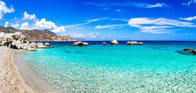 Γιατί η θάλασσα δεν παρασέρνει τις πανέμορφες αμμουδιές μας…